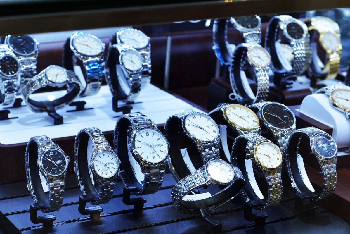 Find smykker med gratis fragt her online